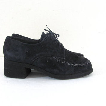 STOREWIDE SALE. vintage black loafers. chunky heel loafers. modern lace ups. women's shoes size 6
