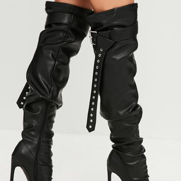 Missguided - Black Belt Buckle Thigh High Boots