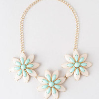 AMBERLEY FLORAL NECKLACE