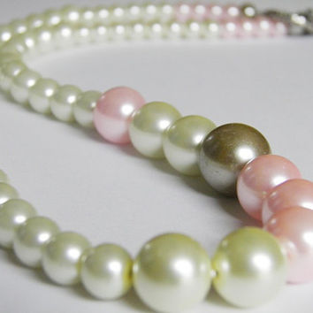 Pearl necklace off white pink blush grey pearls Spring Easter bridal