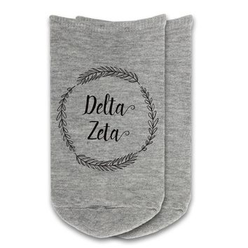 Delta Zeta - Sorority Name with Wreath No-Show Socks