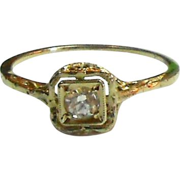 Art Deco Era 14k White Gold Filigree Engagement Ring w/ White Sapphire circa 1920