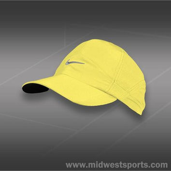 Nike Women's DRI-FIT Featherlight Cap Liquid Lime #736