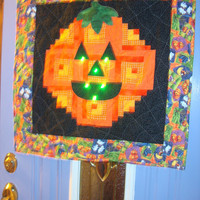 Pumpkin Grins Lighted Wall Hanging Door Decoration Halloween Jack O Lantern