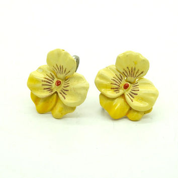 Pansy earrings, Pansy jewelry, Flower earrings, Vintage earrings, Clip on, Pansy, Pansies, Flower jewelry, Gift for gardener, Gardeners gift