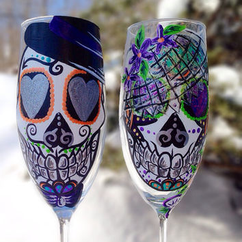 Bride and groom sugar skull champagne flute set