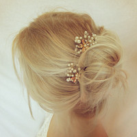 Bridal Hair Pins/ Floral wedding headpiece/ Bridal Hair Pins/ pearl bridal hair pins/Gold Hair pins / bridal hair set