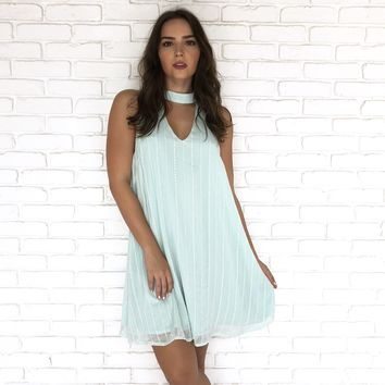 Choker Embroider Dress in Mint