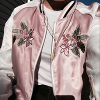 Light Retro Visual Flower Embroidered Stand Collar Cuff Jacket