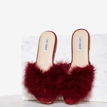 Valley Girl Feather Slide Sandal - Burgundy