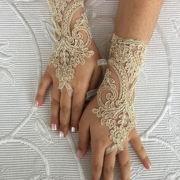 Gold bridal gloves Flower Girl lace gloves  french lace for princess wedding gloves, lace glove, Bridesmaid gloves
