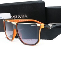 PRADA hot-selling sunglasses for women are big frames in matching colors