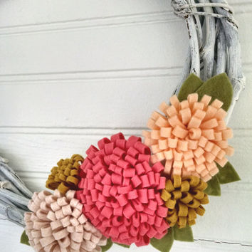 Modern summer wreath,modern spring wreath,wool felt flower wreath,window wreath,small 10 inch wreath,grapevine wreath,home decor,felt wreath