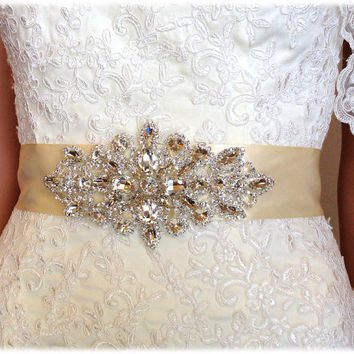 Bridal sash, crystal sash, ribbon sash, vintage inspired rhinestone belt, wedding accessory, Ivory satin sash