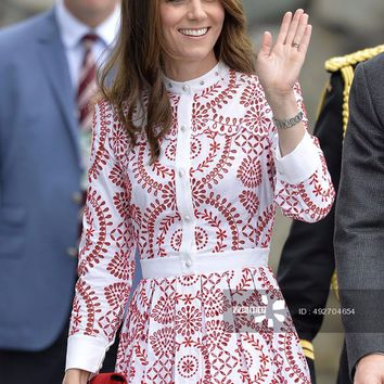 Fashion Kate Middleton Princess Red Flower embroidery Women pleated Dress