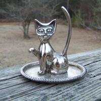 Vintage Ring Holder...Cat...Kitty...Silver Plate...Metal...Mid Century...Retro...Jewelry Display...Patina..Jewelry Organizer--Ring Catcher