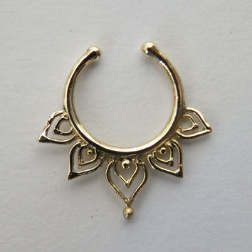 Fake Septum Ring - Faux Septum Ring - Fake Septum Piercing - Nose Jewelry - Septum Jewelry - Brass Septum For Non Pierced Nose