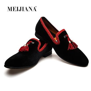 MeiJiaNa 2018 New Men's Loafers Moccasins Slip On Chinese style Leather Casual Shoes Male Black/Red Flats