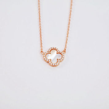Clover Necklace (sale)