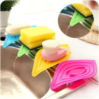 4 Colours Leaf Shape Soap Plate Skid Resistance Soap Dish Drain Cleaning Sponge Holder Kitchen Case Storage