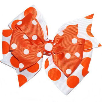 Halloween hair bow , orange and white bow , double pinwheel bow , polka dot bow , baby Halloween hairbow , toddler Halloween bow , 4 1/2 in