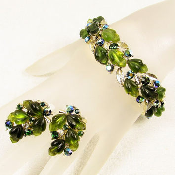 Lisner Green Lucite Leaf Bracelet Earrings - Molded Gold Tone Emerald AB Rhinestone Link Clip On