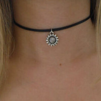 Sunflower 90s Black Leather Choker Necklace Jewelry +Gift Box