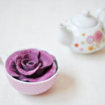 Ready to ship - Violet flower brooch - Bonjour - With paper box - Wool Silk - Violet, Orchid, Plum handmade accessory