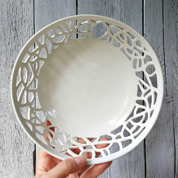 "TANGLED LACE ""LEMON"" Bowl"