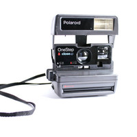 Vintage Polaroid Camera - Black 1980s OneStep CloseUp - 600 Film / Macro Shot