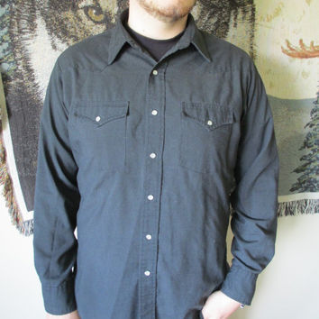 Men's Vintage Black Western Style Long Sleeved Button Down Shirt - Pearl Snap Buttons