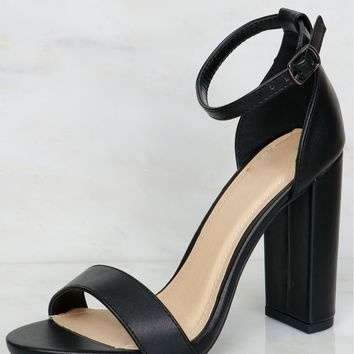 Step Aside Strappy Heel Black