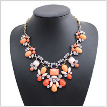 Brand Vintage jewelry resin flower Chokers Pendant Statement Necklaces