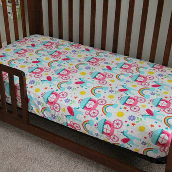Fitted Crib/toddler bed sheet. Unicorns, Carriages and Rainbows.