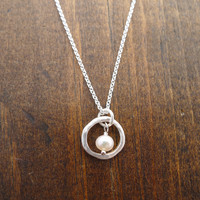small rippled circle necklace with freshwater pearl