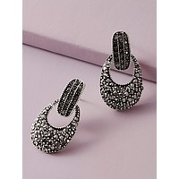 1pair Rhinestone Engraved Geometric Shaped Earrings