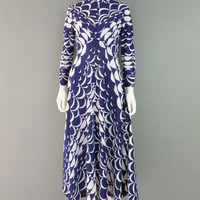Blue and White Geometric Dress M-L 1960s Mod Pattern Mandarin Collar Long Sleeve Dress Hippie Psychedelic Dress
