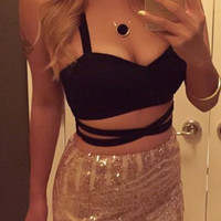 Cross Over Crop Top - Black