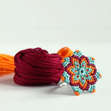 Mandala Flower Statement Ring Macramè boho hippie orange light blue