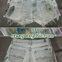 Custom Painted Feather Shorts size 3 / 4 Women's vintage-soft