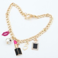 Maxi Necklace Charming Beauty Lips