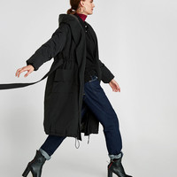 PUFFER COAT WITH HOODDETAILS