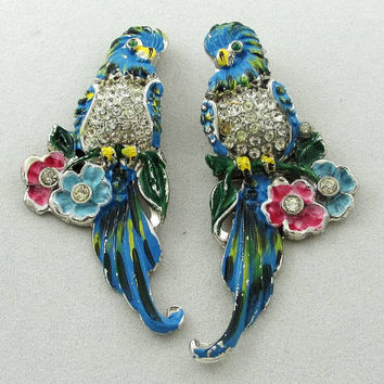 Retro Period Jewelry: Vintage Enameled Bird Duette Set of Brooches