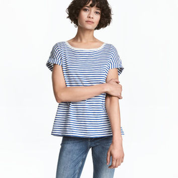 H&M Short-sleeved Top $12.99