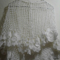 CLEARENCE Bridal silvery snow white shawl/wrap