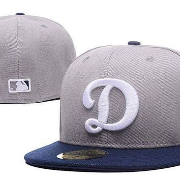 LMF8KY Los Angeles Dodgers New Era MLB Authentic Collection 59FIFTY Cap Grey-White D