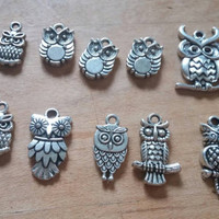 Owl Charms | 10 Charms | Trendy Charms | Antiqued Silver Owls | Jewelry Supplies | Owl Necklace Charm | Charm Bracelet Supplies | Destash