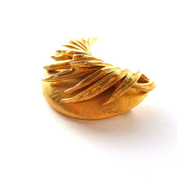 Gold-tone Cresent Brooch Abstract Brooch BSK Brooch Sweater Pin