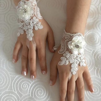 3D flower lace gloves Flower Girl gloves ivory bridal gloves french lace for princess wedding gloves, lace glove, Bridesmaid gloves