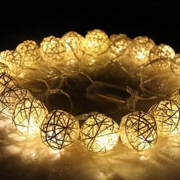 DKF4S 20 LED 250cm Warm White Rattan Ball String Fairy Lights For Christmas Xmas Wedding Decoration Party Hot Dry Battery